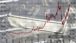 Gráfico ascendente sobre lingote de plata