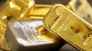 plata y oro lingotes