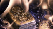 Lingote de oro ardiendo