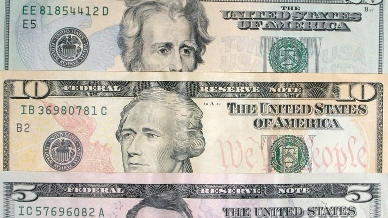 Billetes de 5, 10, 20 y 50 dolares