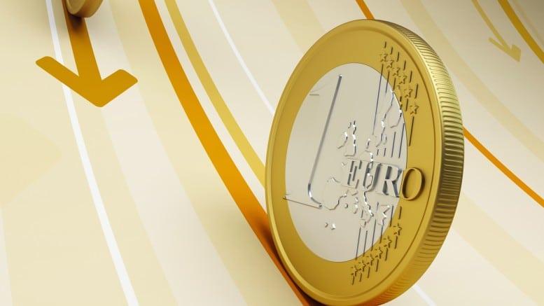 Monedas de euro rodando