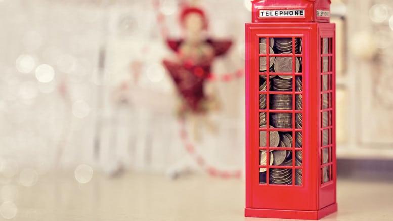 Cabina telefonica Londres con monedas