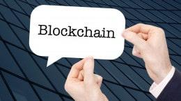 Blockchain con manos